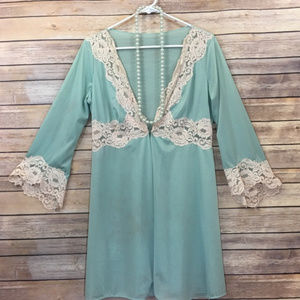 60's Glydons of Hollywood Blue w/ Lace Peignoir